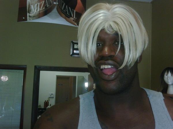 Shaq in Shaunie's Wig