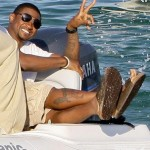 "He Got His ""Sexy"" Back! ~ Usher Spotted Relaxing in St. Tropez"