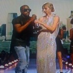 VMAs 2009 ~ Kanye Steals Spotlight (& Mic) From Taylor Swift (Video)