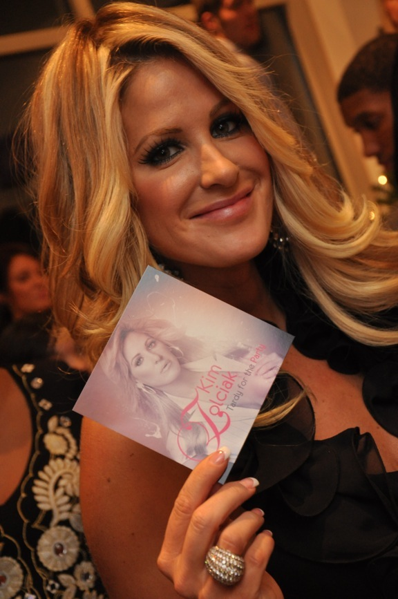 Kim Zolciak - Tardy For The Party