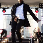 Pic of the Day: Usher's Crotch Grabbin Ways…