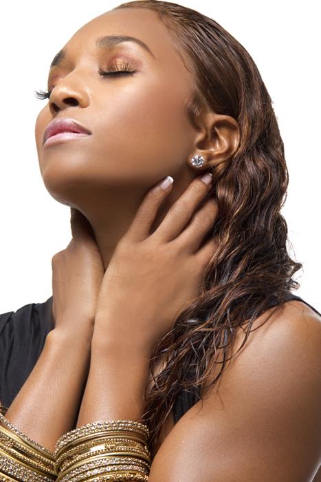 Hot shots rozonda chilli thomas in black woman magazine