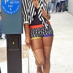 Quick Flix: Rihanna on Set in NYC…