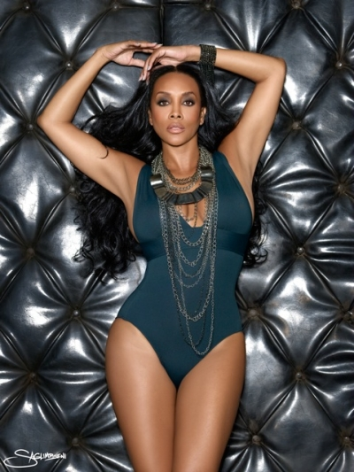 Actress vivica a fox poses seductively in the recent issue of black