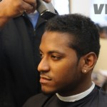 lloyd-cuts-hair-3