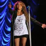 Mariah (and her Baby Bump) Take a Tumble… [VIDEO]