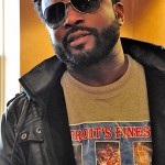 Darius McCrary Says He Never Beat Superhead…