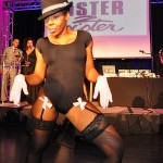 Andrea Kelly Performs
