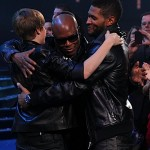 "Usher & ""The Bieb"" Take Over the American Music Awards… [PHOTOS + VIDEO]"
