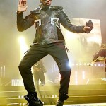 "Behind the Scenes of Usher's ""OMG"" Tour ~ [PHOTOS + VIDEO]"