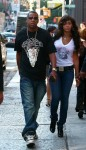 beyonce-and-jay-z-in-soho-nyc-2