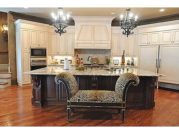 kim zolciak home kitchen