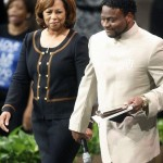 Bishop Eddie Long Denies Marital Break Up Rumors…. *STATEMENT*