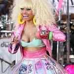 Nicki Minaj Wardrobe Malfunction3