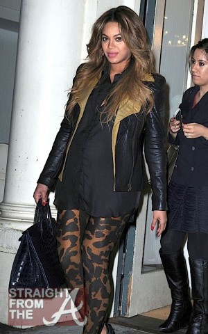 beyonce-122111-1
