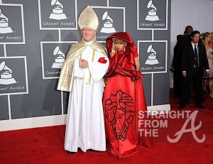 Nicki Minaj and Pope Grammys 2012-2