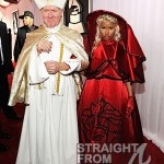 Nicki Minaj and Pope Grammys 2012-6
