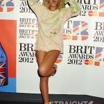 Rihanna+BRIT+Awards+2012+Show+e1elwCQ4Xksl