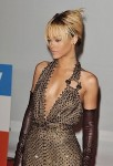 Rihanna Brit Awards 022012-1