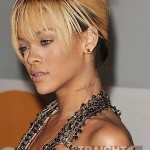 Rihanna Brit Awards 022012-13