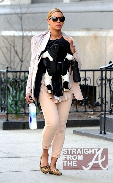 Beyonce Blue Ivy Gold Slippers 031312-3