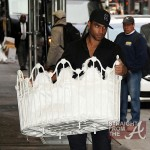 Beyonce Buys Crib For Blue Ivy 032912-3