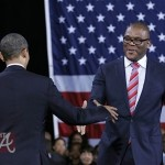 Tyler Perry Welcomes Barack Obama 031612-20