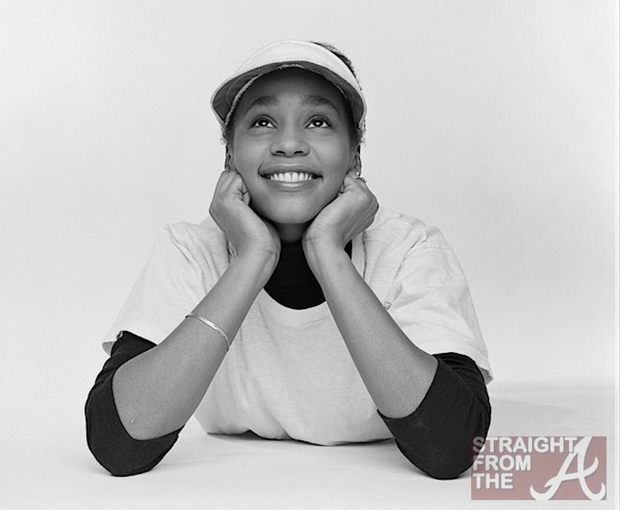 http://cdn.straightfromthea.com/wp-content/uploads/2012/04/Rare-Whitney-Houston-Photos-StraightfromtheA-8-e1334161438350.jpg