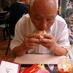 chinese-grandfather-eats-mcdonalds-for-the-first-time