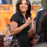 Toni Braxton on 'Extra' with Mario Lopez -4