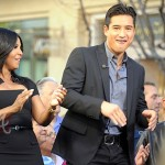 Toni Braxton on 'Extra' with Mario Lopez -7