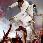 "Miguel ""Adorns"" 2 Ladies With Headkicks During Billboard Music Awards Stage Stunt… [VIDEO]"