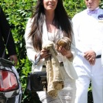 Guests_leave_Kim_Kardashian_s_baby_shower_in_Beverly_Hills_CA-435x580