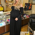 Stunts & Shows: Kim Zolciak-Biermann's Bulging Baby Bump 'Shrinks' Hunger… [PHOTOS]